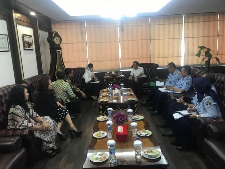Audiensi Ikatana Notaris Indonesia dengan Yasona Laoly