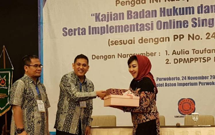 Kajian Badan Hukum dan Badan Usaha Serta Implementasi Online Single Submission (OSS)